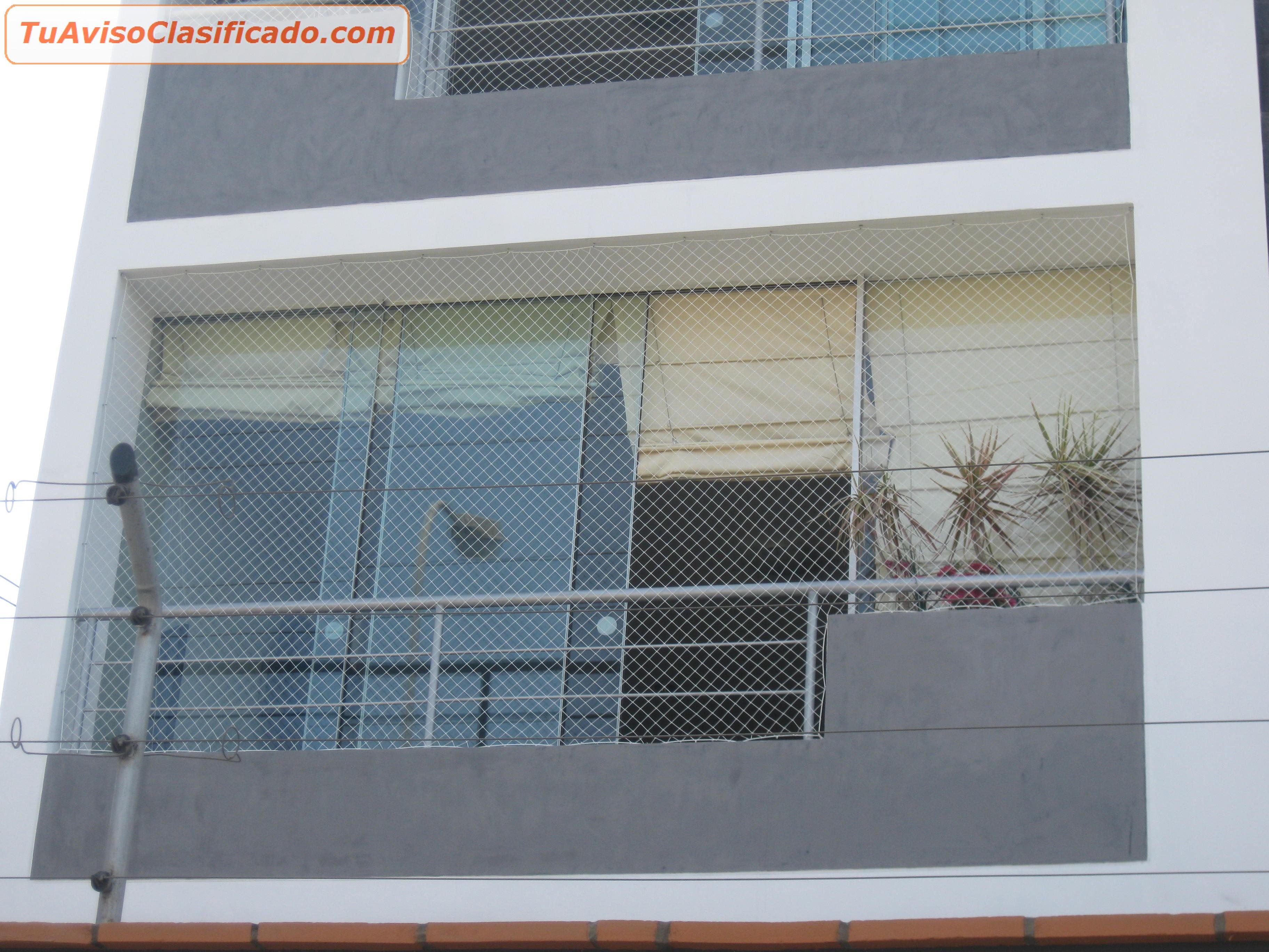 Mallas de seguridad protectoras para ni os en piscinas for Tipos de toldos para balcones